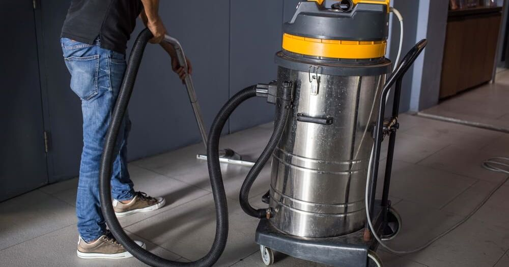 How often to vacuum your commercial space - Vacuum Specialists Calgary